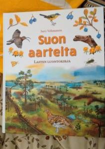 Suon aarteita - lasten luontokirja kauniine väreineen.